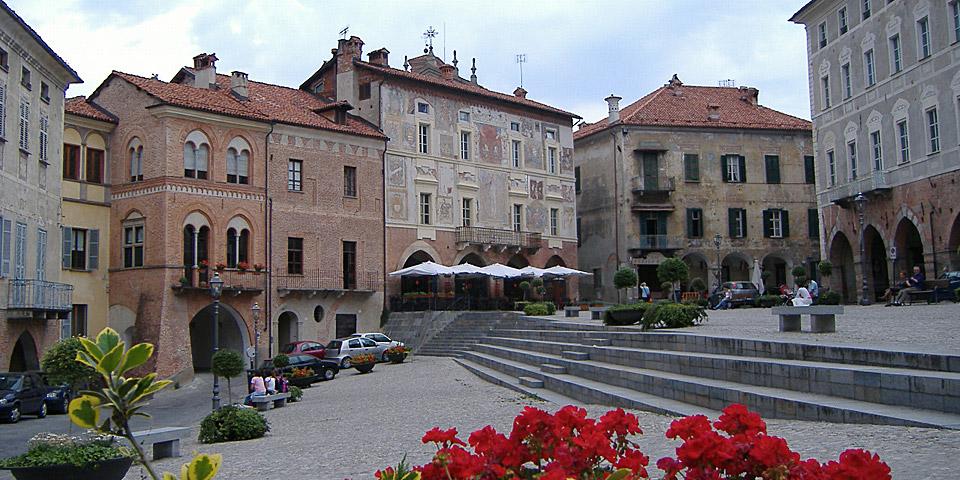 <!--:it-->Riqualificazione Piazza Maggiore, Mondovì<!--:--><!--:en-->Redevelopment project of Piazza Maggiore, Mondovì<!--:-->
